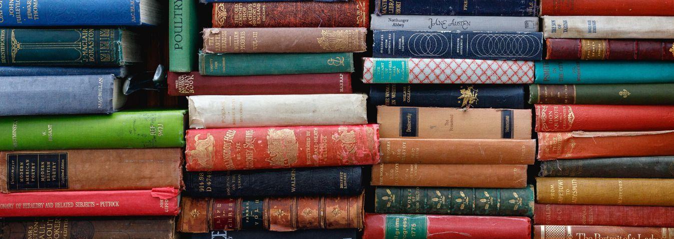 Nie oceniaj książki po okładce... chociaż jest ważna!
